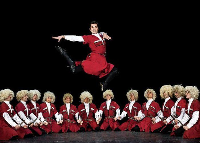 грузинские танцы амиран тур кобулети гид экскурсии